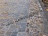 viale ingresso in pietra di luserna a cubetti e fasce in ciottolimentolusernaesterno-018