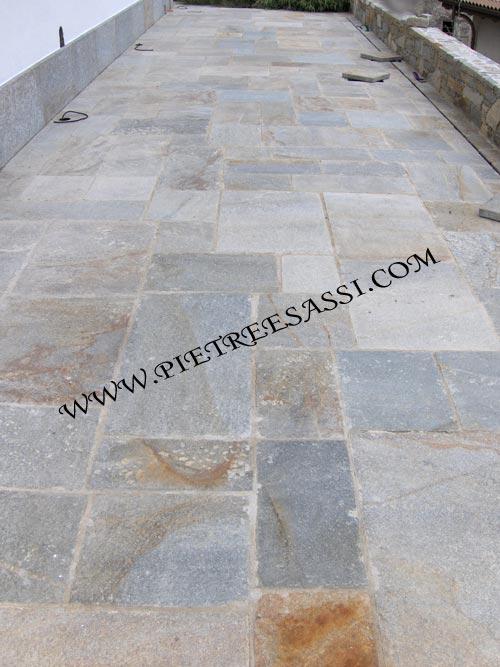 pavimento in luserna alla romana   PIETREESASSI