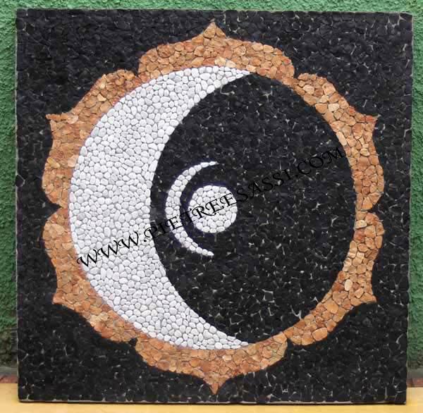 Mosaici di pietreesassi pietreesassi for Mosaici pavimenti interni