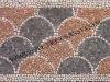 mosaico a coda di pavone in ciottoli