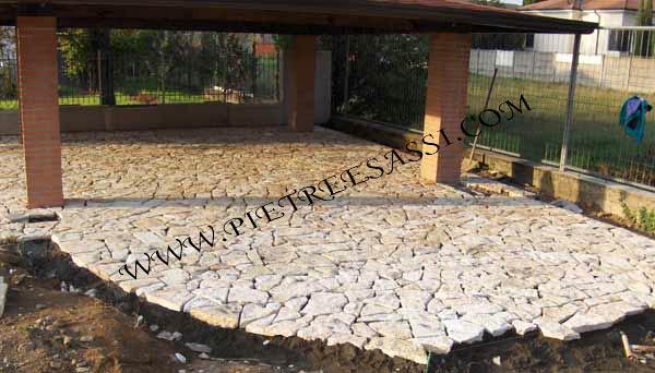 Pavimento In Pietra Di Trani : Pavimento in mosaico di pietra di trani pietreesassi