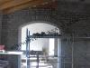 muro ed arco in smolleri di pietra di luserna