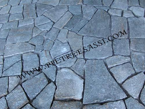 pavimento in mosaico di luserna opus incertum palladiana