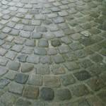 pavimento in cubetti antichi