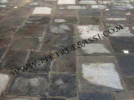 pavimento in pietra naturale lastre di beola grigia