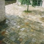 pavimento esterno in masselli antichi
