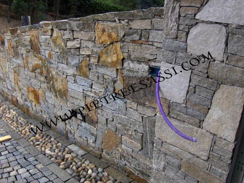 Pavimentazione esterno pietreesassi - Rivestire muro esterno ...