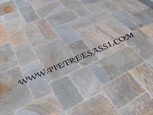 pavimento luserna alla romana