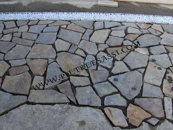 Mosaico di porfido pietreesassi - Impermeabilizzazione scale esterne ...