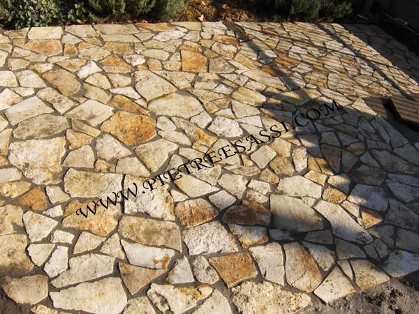 Pavimento Esterno Pietra : Pietreesassi: pavimenti in pietra naturale e mosaici